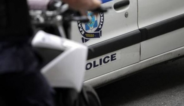 Επίθεση αντιεξουσιαστών με κράνη και γροθιές σε αστυνομικούς στην Ευελπίδων