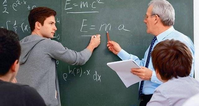 Ενισχυτική Διδασκαλία: 1.754 μαθητές σε φροντιστήριο στο... σχολείο