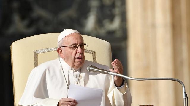 Το κουτσομπολιό σκοτώνει σαν την τρομοκρατία, το μήνυμα του Πάπα Φραγκίσκου