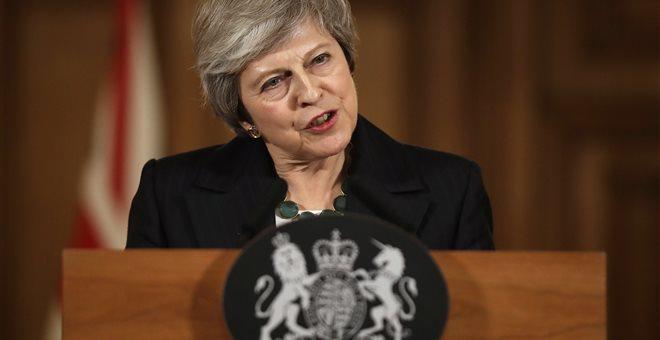 Μέι: Δεν υποχωρώ από την συμφωνία για το Brexit ούτε αφήνω την πρωθυπουργία