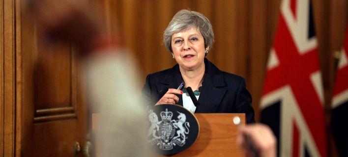Brexit: Τα σενάρια μετά τις δραματικές πολιτικές εξελίξεις στη Βρετανία