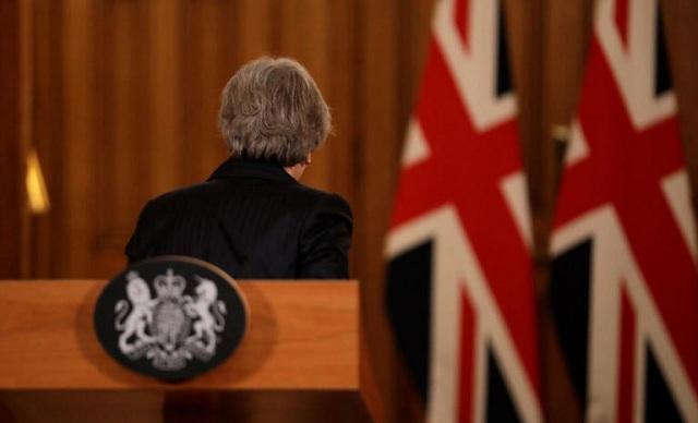 Brexit: Μαζεύτηκαν οι υπογραφές για την πρόταση μομφής κατά της Τερέζα Μέι