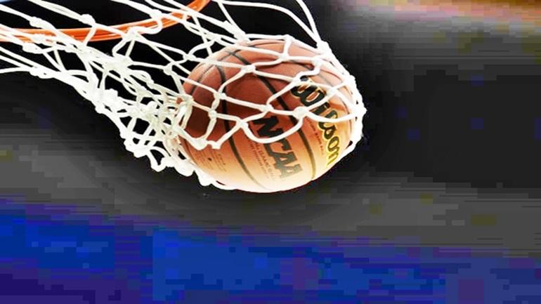 Τρελό σκηνικό σε αγώνα τού αμερικανικού κολεγιακού πρωταθλήματος μπάσκετ