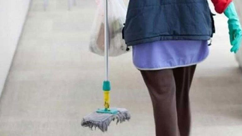 Σε 48ωρη απεργία προχωρούν οι σχολικές καθαρίστριες