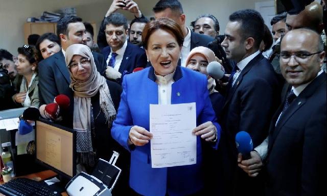Τουρκία: Με νέα απόβαση στην Κύπρο απειλεί η Ακσενέρ