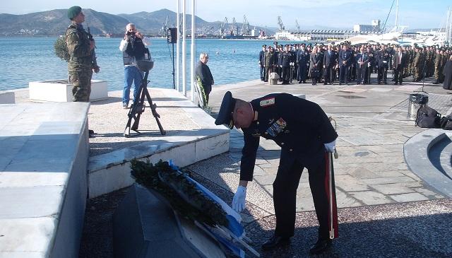 Με επισημότητα στον Βόλο η Ημέρα των Ενόπλων Δυνάμεων [photos]