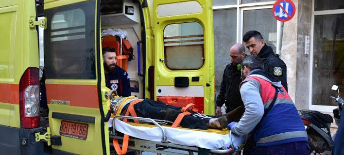 17χρονος έπεσε από τον 3ο όροφο. Τον είδε γείτονας έπειτα από 3 ώρες