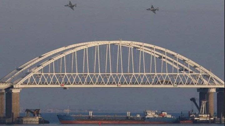 Θερμό επεισόδιο μεταξύ ρωσικών και ουκρανικών πλοίων στη Μαύρη Θάλασσα - ΒΙΝΤΕΟ