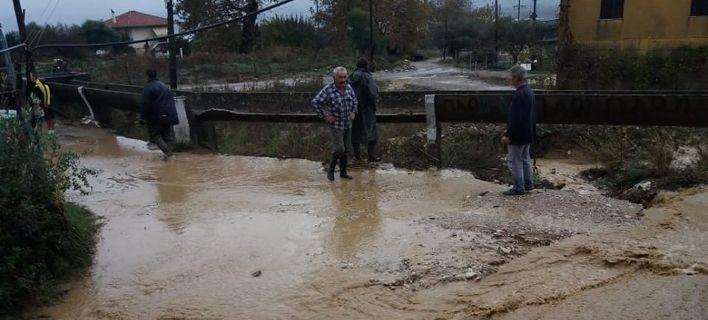 Η «Πηνελόπη» χτύπησε: Αποκομμένα χωριά, κατολισθήσεις, καταστροφές [εικόνες]