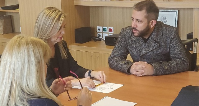 Ο Αλ. Μεϊκόπουλος στην Υφ. Παιδείας για την απόκτηση λεωφορείου στο ΕΕΕΕΚ Βόλου