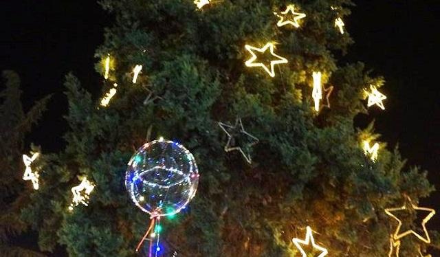 Το Σάββατο η φωταγώγηση του χριστουγεννιάτικου δένδρου στην Αργαλαστή