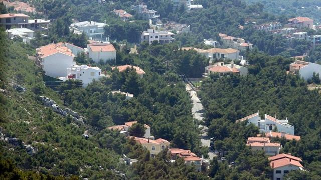 Έρχεται νέα «τακτοποίηση» αυθαιρέτων μέσα σε δάση