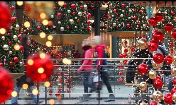 Διαγωνισμός χριστουγεννιάτικης βιτρίνας στον Βόλο