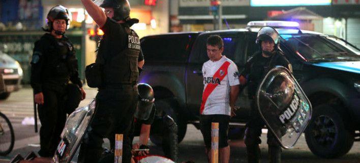 Χάος στο Μπουένος Αϊρες -Aγρια επεισόδια από οπαδούς της Ρίβερ Πλέιτ