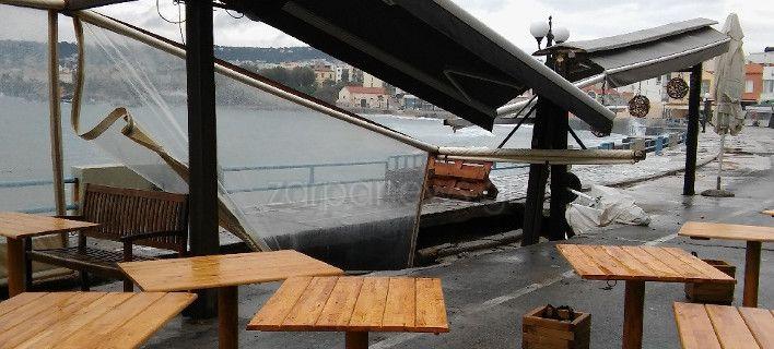 Κρήτη: Ανοιξε τρύπα στο Κουμ Καπί και «κατάπιε» καφετέρια [εικόνες]