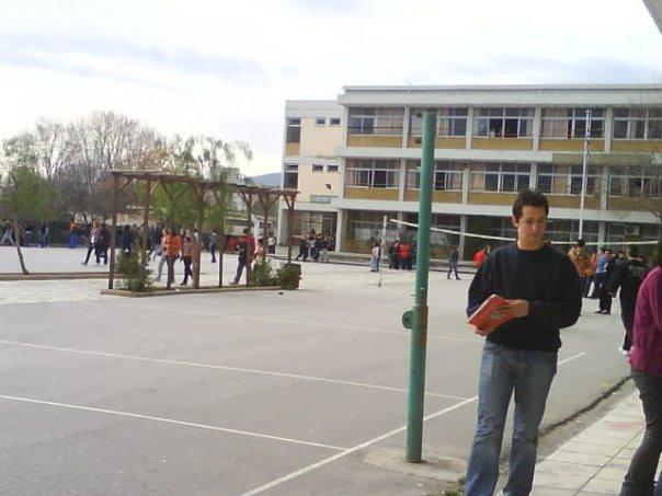 ΚΚΕ: Σε εγκατάλειψη η σχολική στέγη στο Βόλο