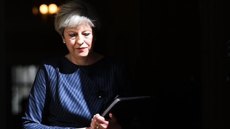 Απόψε η πρόταση μομφής κατά της Μέι στη βρετανική Βουλή