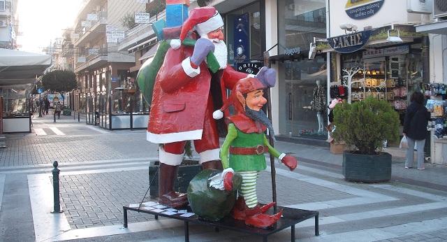 Γιορτινές εκπλήξεις στην αγορά του Βόλου
