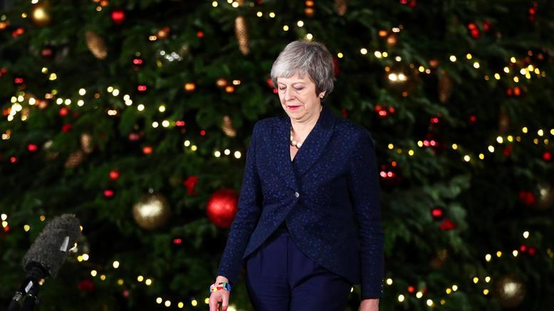 H Μέι επέζησε αλλά το μέλλον του Brexit παραμένει αβέβαιο