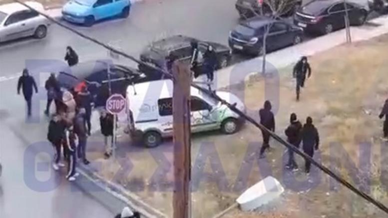Συμπλοκές έξω από το ΕΠΑΛ Καλαμαριάς. Τραυματίστηκε 16χρονος