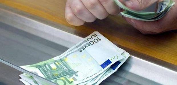Έρχεται μεγάλη ανατροπή στις συναλλαγές με μετρητά