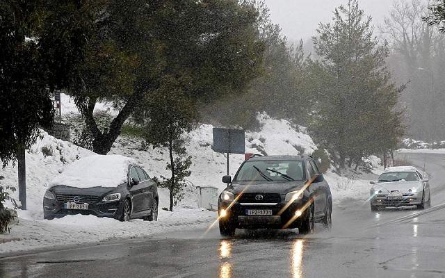 Έκτακτο δελτίο επιδείνωσης του καιρού με καταιγίδες και χιόνια
