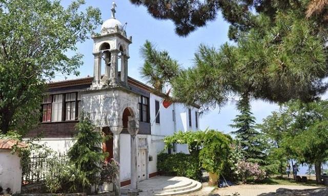 Το εκπληκτικό μοναστήρι όπου προσεύχονται Έλληνες και Τούρκοι