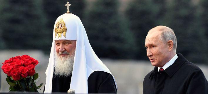 Μύδροι Πούτιν κατά Βαρθολομαίου: Εδωσε αυτοκέφαλο στην Ουκρανία για χρήματα