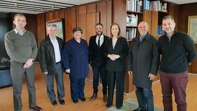 Συνάντηση στο Υπ. Διοικητικής Ανασυγκρότησης για θέματα τριτέκων