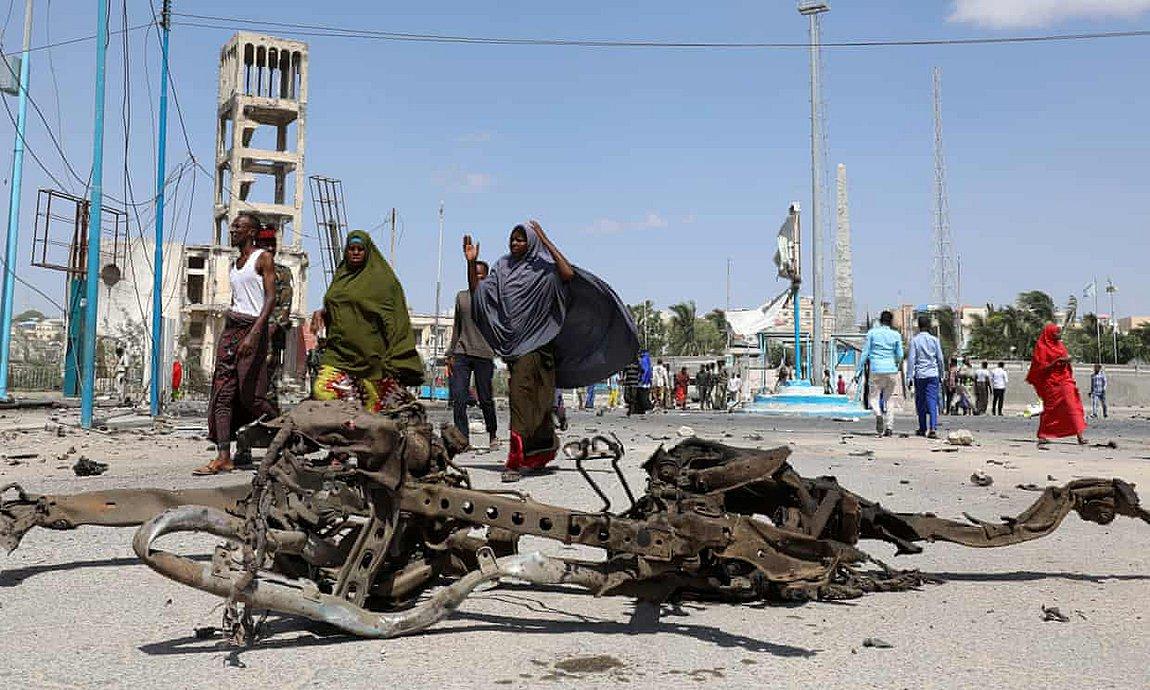Σομαλία: Τουλάχιστον 22 νεκροί από διπλή βομβιστική επίθεση στη Μογκαντίσου