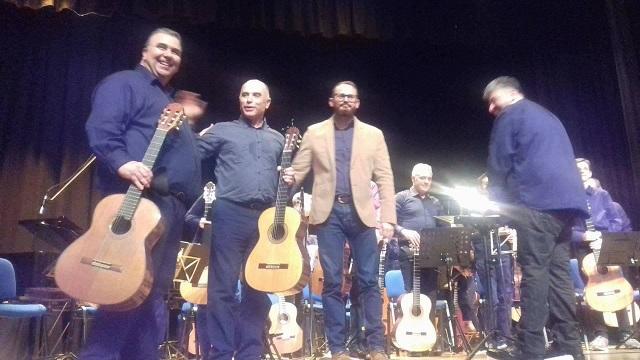 Χριστουγεννιάτικη συναυλία της κιθαριστικής ορχήστρας Βόλου -Μαγνησίας