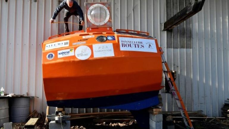 Γάλλος 71 ετών θα διαπλεύσει τον Ατλαντικό μέσα σε ένα βαρέλι [εικόνες]