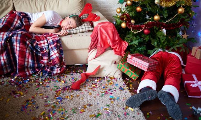 Πώς θα γλιτώσετε τον πονοκέφαλο μετά από αλκοόλ και ξενύχτι
