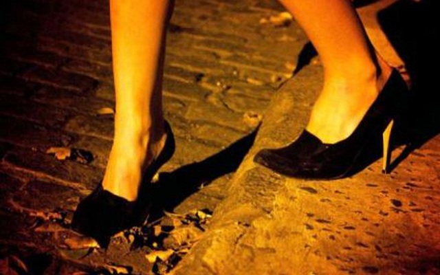 Συνελήφθη 19χρονος μαστροπός στην Καρδίτσα