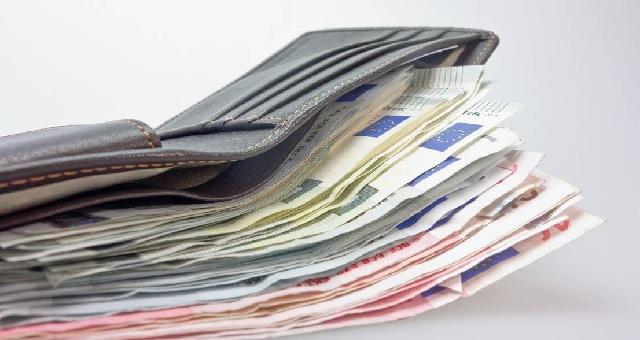 Αναδρομικά: Τα νέα ποσά που θα διεκδικήσουν 100.000 συνταξιούχοι. Τι πρέπει να κάνουν