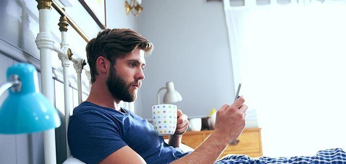 Για ποιους λόγους πρέπει να έχουμε τα κινητά μακριά από το κρεβάτι;