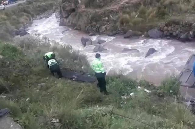 Περού: Φονική πτώση λεωφορείου σε ρεματιά