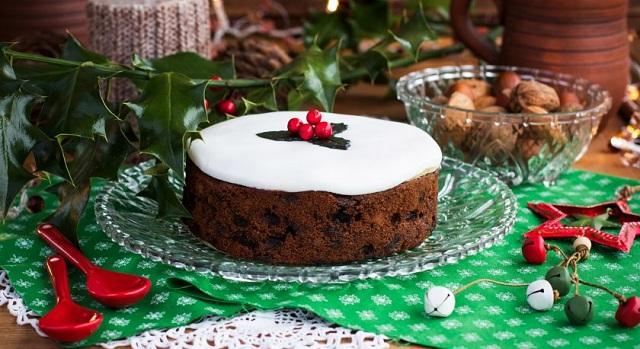 Πρωτοχρονιάτικο γεύμα του «Εσταυρωμένου» στους τροφίμους στο «Φιλύρα»
