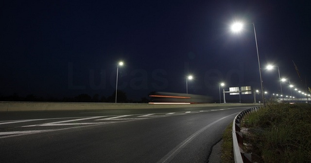 Φωτισμός νέας τεχνολογίας στους δρόμους της Θεσσαλίας