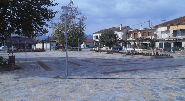 Λίφτινγκ στις πλατείες Ευξεινούπολης και Πλατάνου