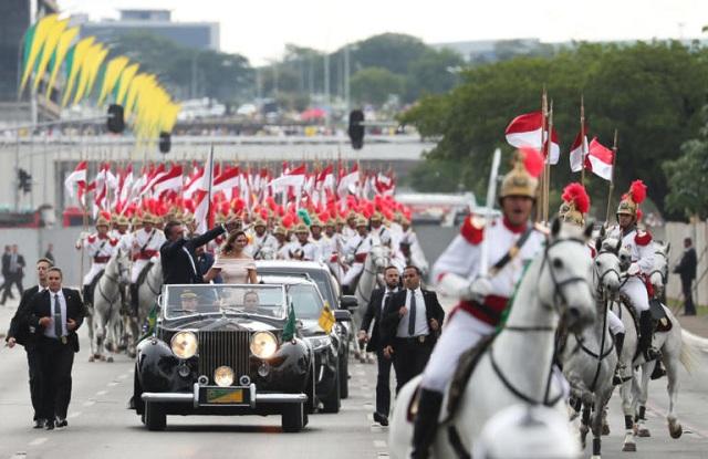 Βραζιλία: Ανέλαβε τα καθήκοντά του ο νέος Πρόεδρος, Ζαΐχ Μπολσονάρο [εικόνες]