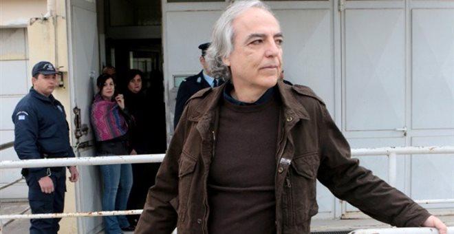 Θύελλα αντιδράσεων για την βόλτα του Κουφοντίνα στο κέντρο της Αθήνας