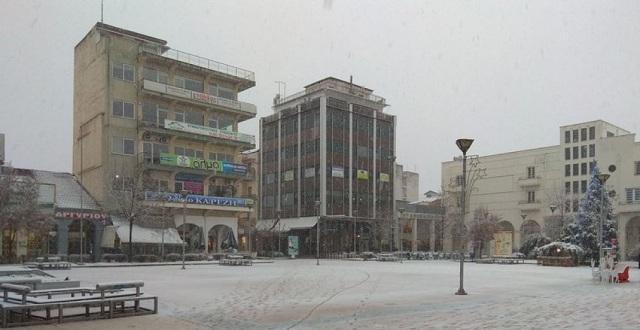 Πυκνώνει η χιονόπτωση στην Καρδίτσα [εικόνες]