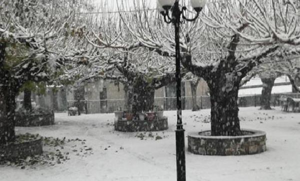Χωρίς προβλήματα η χιονόπτωση στα ορεινά του Ρ. Φεραίου
