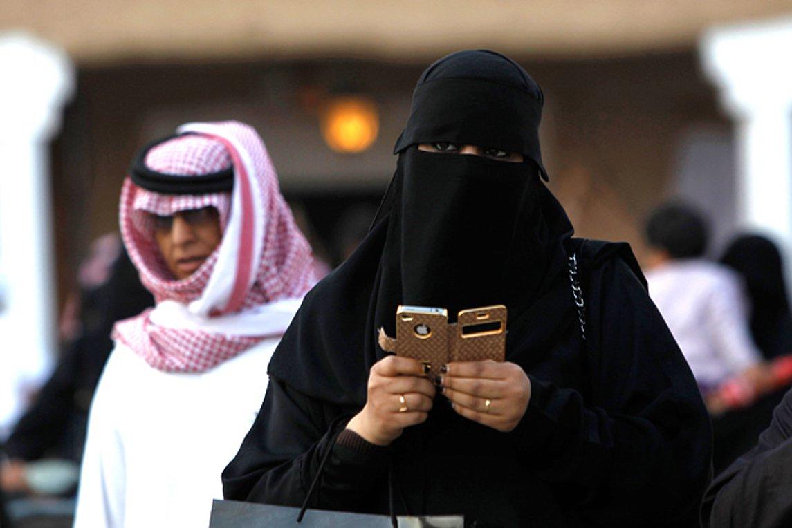 Νέος νόμος στη Σαουδική Αραβία: Οι γυναίκες θα μαθαίνουν ότι πήραν διαζύγιο με... sms
