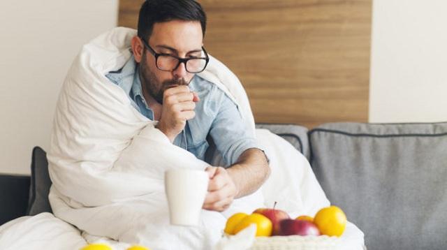 Πώς σταματάει το κρυολόγημα όταν το νιώσετε να ξεκινάει