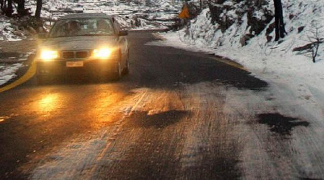 Απανωτές εκτροπές Ι.Χ λόγω παγετού στον Δήμο Αγιάς