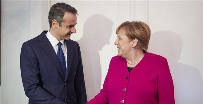 Μητσοτάκης σε Μέρκελ: Κακή η συμφωνία των Πρεσπών. Πυροδοτεί προβλήματα