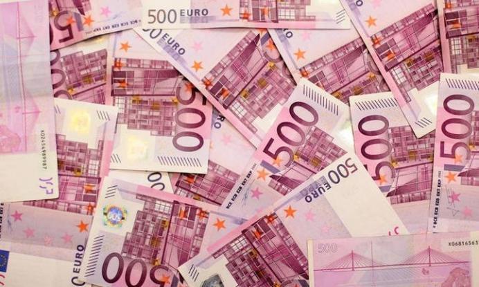 Ύποπτο για… φοροδιαφυγή το 500€ – Πότε σταματά η παραγωγή του
