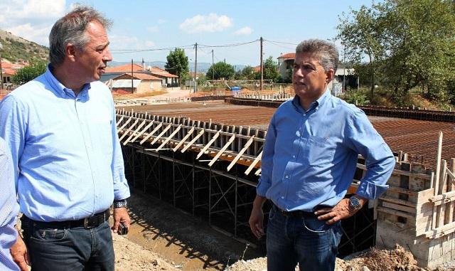Βελτιώνει αθλητικές εγκαταστάσεις σε Τρίκαλα, Πύλη, Μετέωρα και Φαρκαδόνα η Περιφέρεια Θεσσαλίας